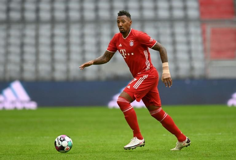 Jerome Boateng is eager to open contract extension talks at Bayern Munich, his agent has said