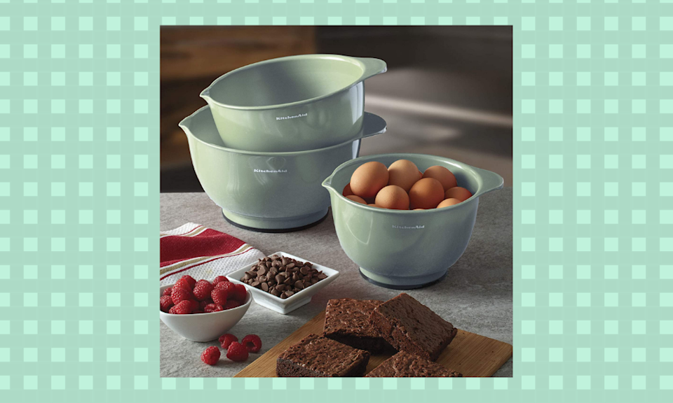 How helpful would these nesting bowls be for holiday baking? They're nearly half off today on Amazon. (Photo: Amazon)