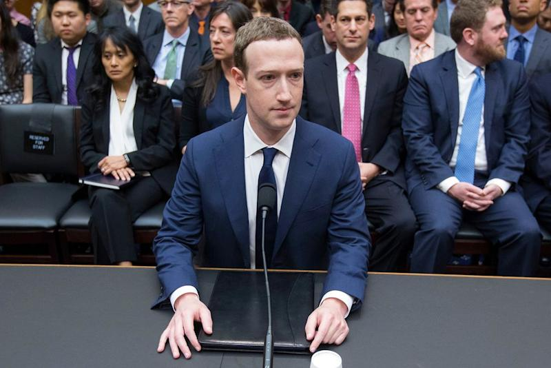 Zuckerberg Loses More Than $15bn in Record Facebook Fall