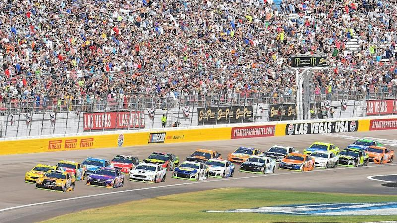NASCAR at Las Vegas: Busch wins second race of weekend