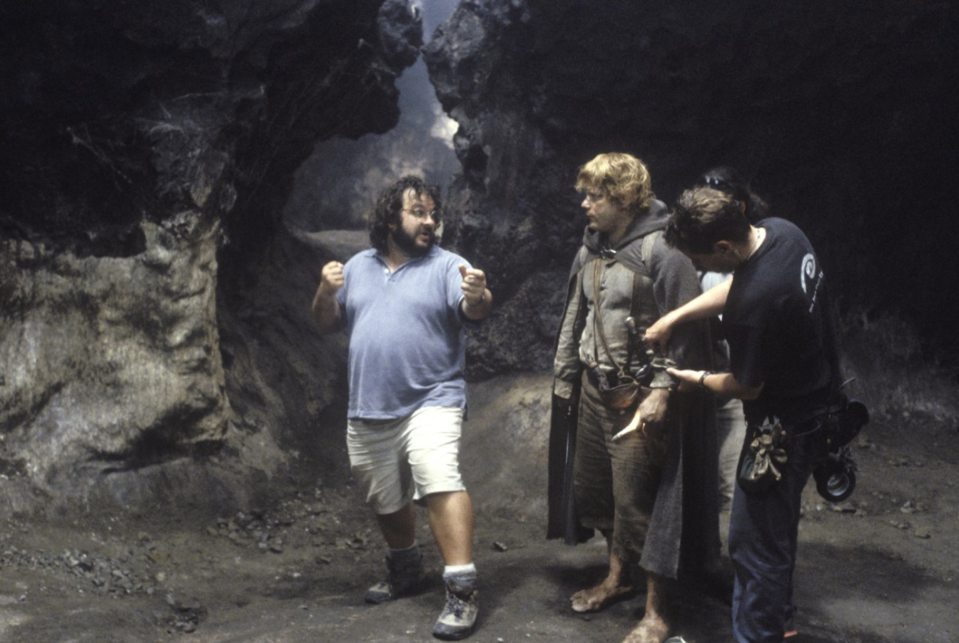 Peter Jackson and Sean Astin on the set of Lord of the Rings: Return of the King (Credit: New Line)