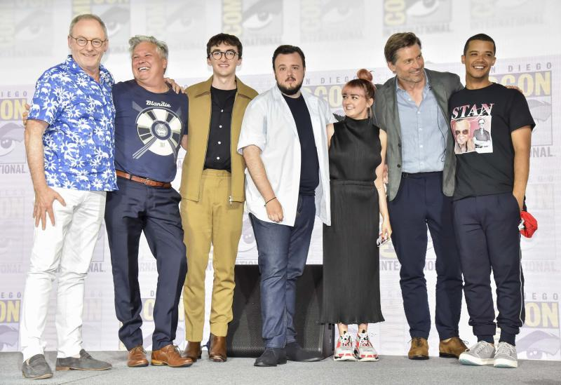 """SAN DIEGO, CALIFORNIA - JULY 19: Liam Cunningham, Conleth Hill, Isaac Hempstead, Isaac Hempstead, Maisie Williams, Nikolaj Coster-Waldau, and Jacob Anderson at """"Game Of Thrones"""" Comic Con Autograph Signing 2019 on July 19, 2019 in San Diego, California. (Photo by Jeff Kravitz/FilmMagic for HBO)"""