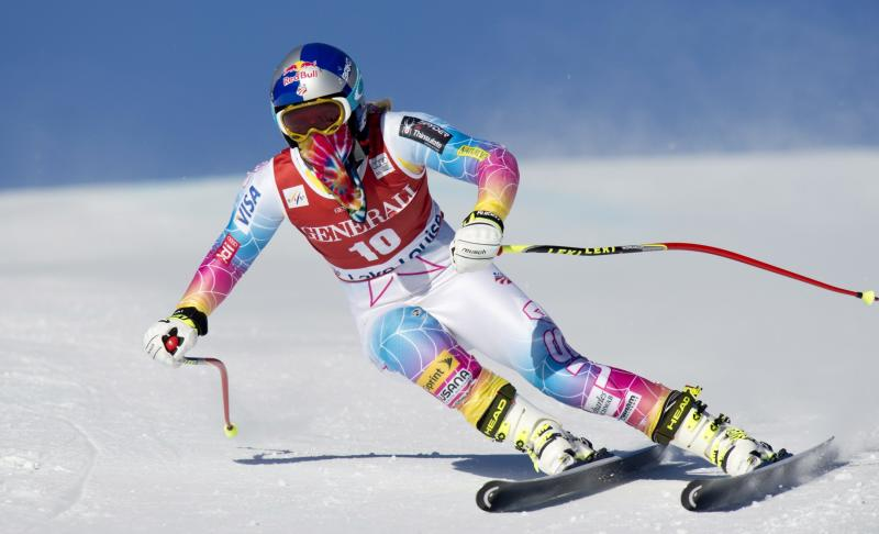 Lindsey Vonn of the United States skis during the 1st women's downhill training run at Lake Louise, Alberta, Wednesday, Dec. 4, 2013.(AP Photo/The Canadian Press, Jonathan Hayward)