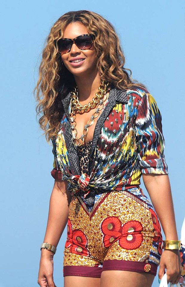 "Based on Beyonce's garish vacation ensemble -- complete with patterned, high-waist shorts and an equally atrocious top -- let's hope that what happens in St. Tropez, stays in St. Tropez. <a href=""http://www.infdaily.com"" target=""new"">INFDaily.com</a> - August 25, 2010"