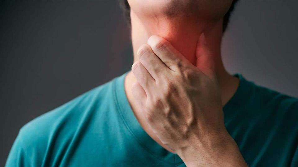 #HealthBytes: Effective home remedies to soothe sore throat