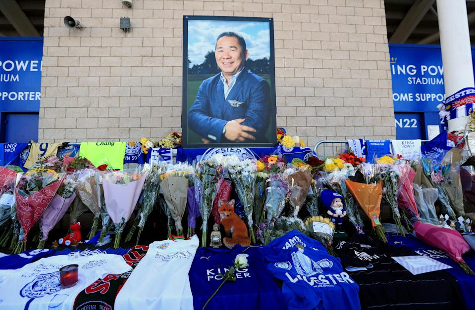 Supporters pay tribute at Leicester City Football Club. Mike Egerton/PA Wire