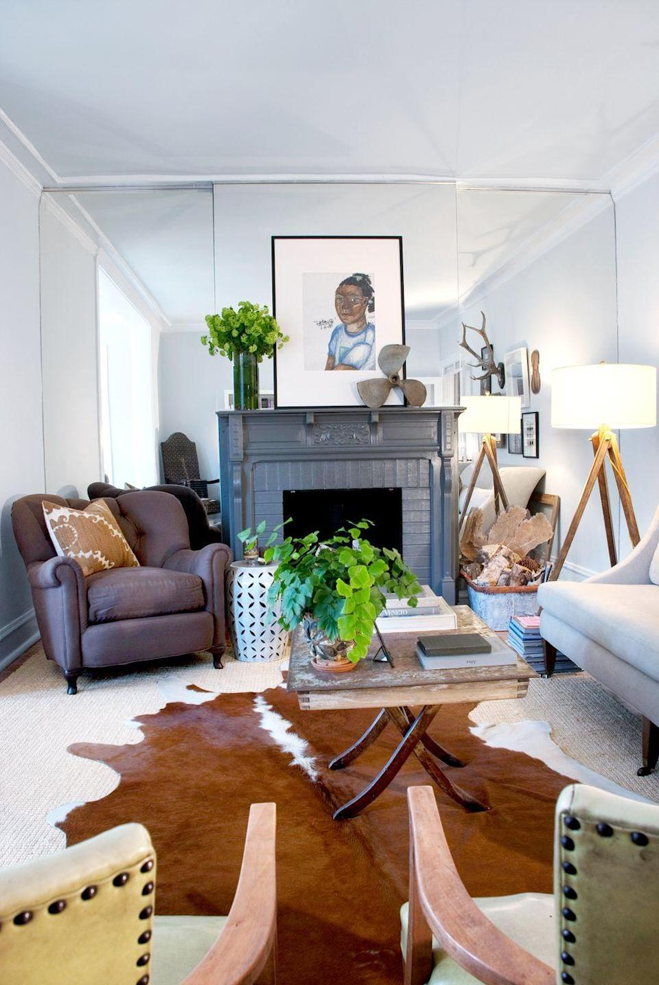 <p>Nothing about this living room screams disorganized, but should the homeowners accumulate more items throughout the years, there isn't really anywhere here to store them. </p>
