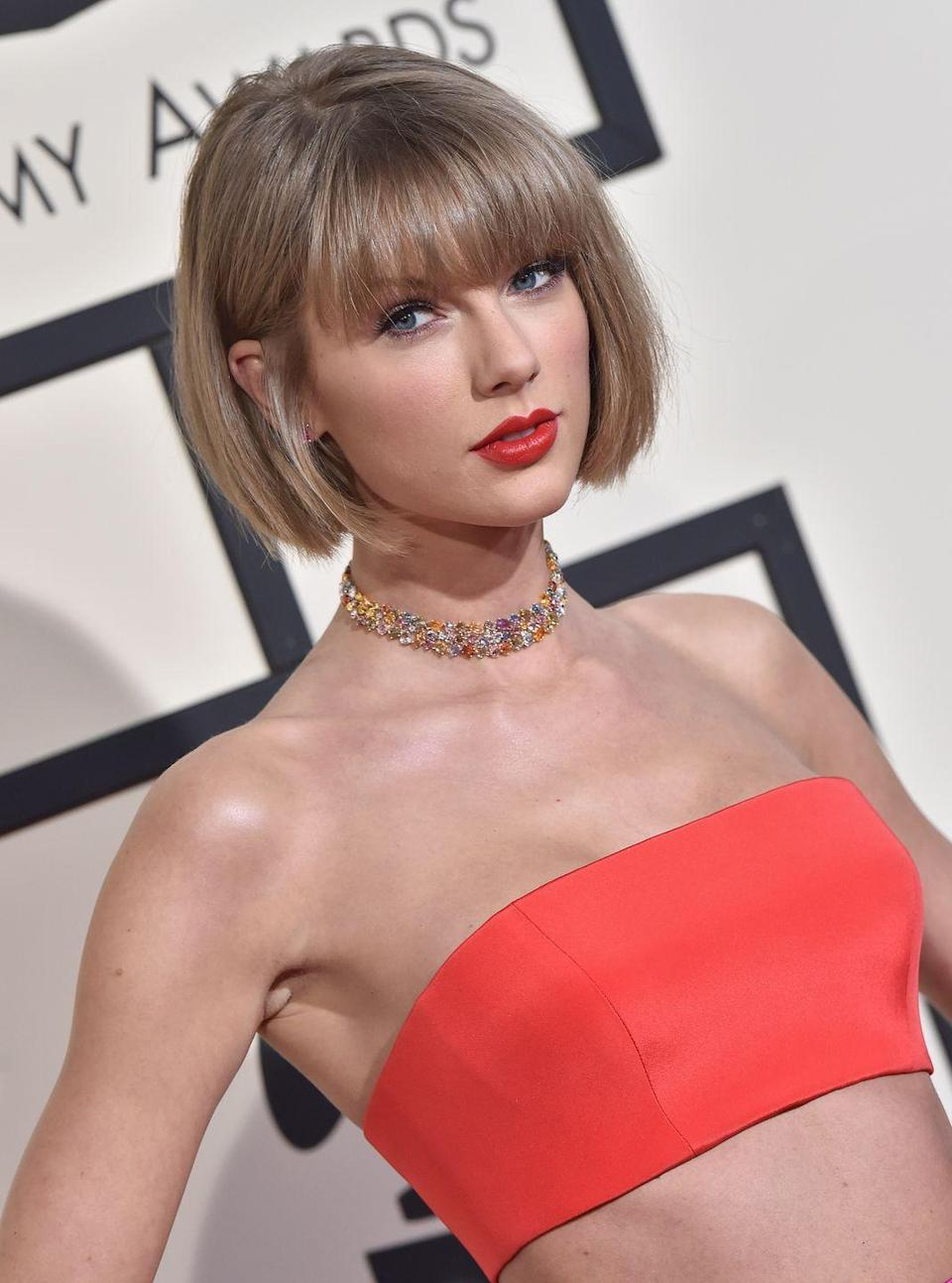 <p>The Old Taylor may be dead, but this haircut will live on forever in my 'hair inspo' Pinterest board. Back in 2016, she got the shortest crop of her life and shocked the world when she showed it off at the Grammys. Since then, she's grown it out into a '70s-style shaggy mop, but this ~fresh~ look is still a fave.</p>