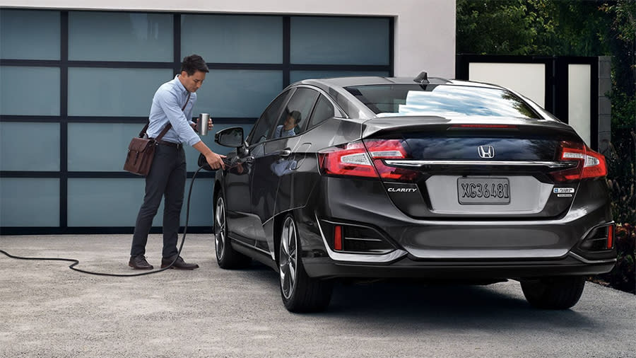 Why David Pogue Bought The Honda Clarity Hybrid Video