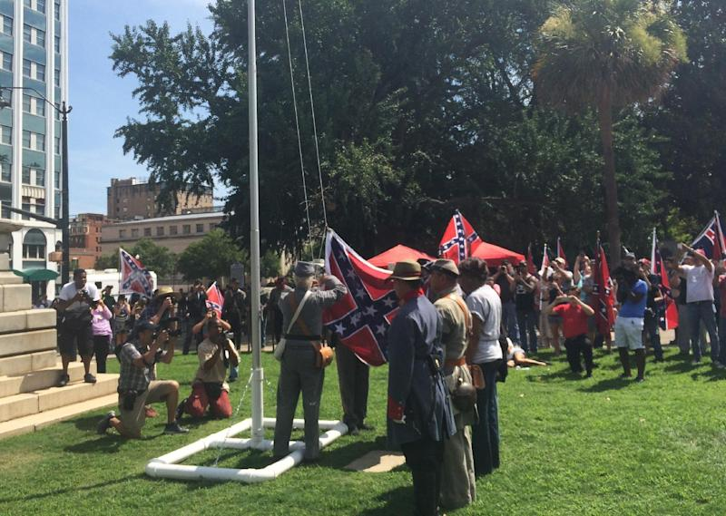 Confederate flag back for a day at SC Statehouse