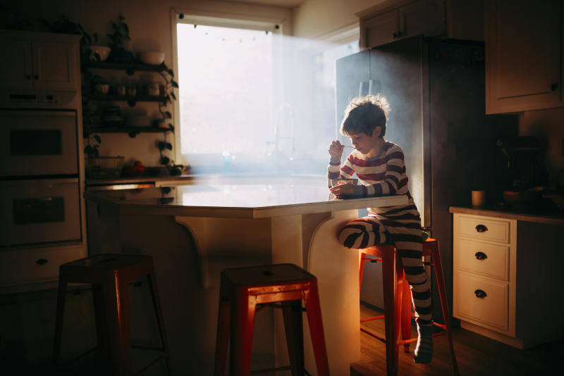 How young is too young for children to be left home alone? [Photo: Getty]