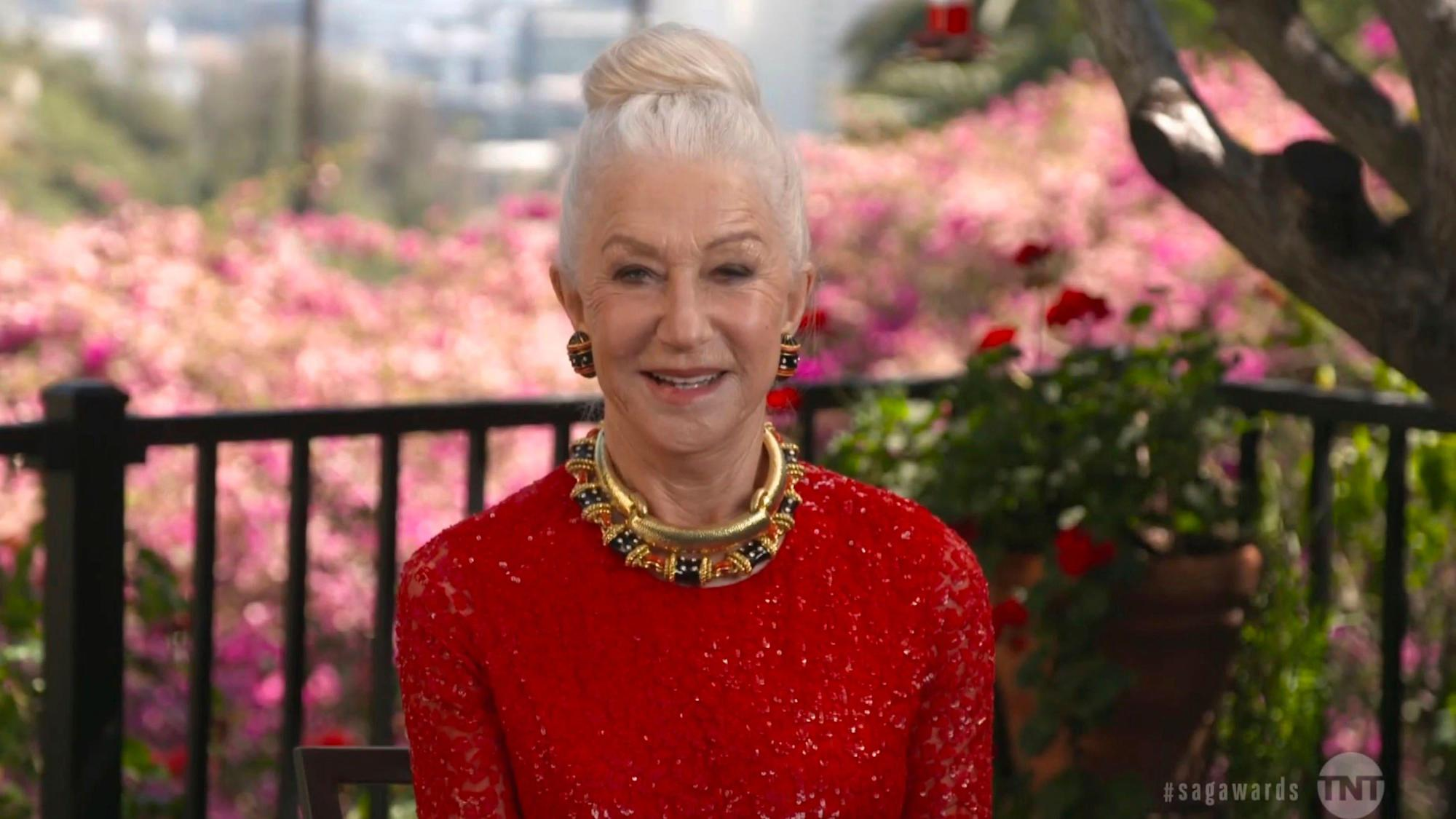 Dame Helen Mirren reveals she had a 'bit of a meeting' with a bear in Nevada