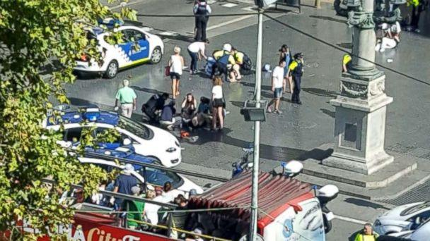 PHOTO: Spanish authorities confirm people are injured after a truck reportedly hit people on a busy Barcelona street, Aug. 17. 2017. (Vil_Music/Twitter)