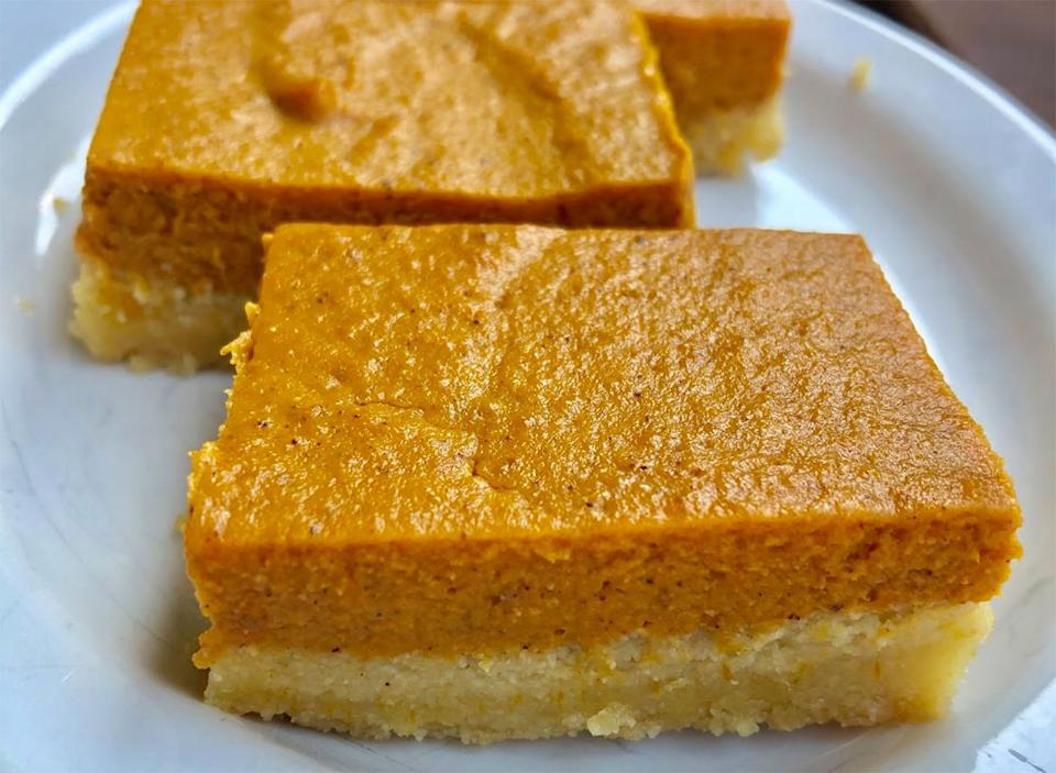keto pumpkin pie bars