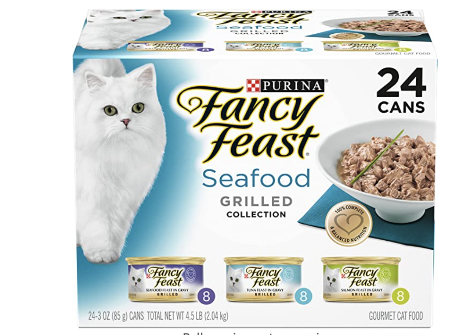 Purina Fancy Feast Grilled Seafood Wet Cat Food. (PHOTO: Amazon Singapore)