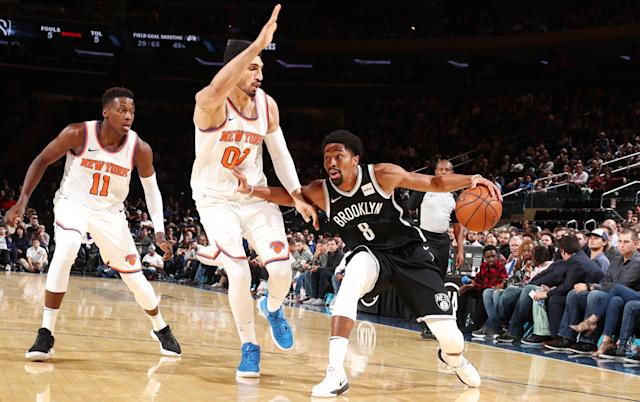 "That classic New York basketball rivalry between <a class=""link rapid-noclick-resp"" href=""/nba/teams/nyk"" data-ylk=""slk:Knicks"">Knicks</a> center <a class=""link rapid-noclick-resp"" href=""/nba/players/4899/"" data-ylk=""slk:Enes Kanter"">Enes Kanter</a> and <a class=""link rapid-noclick-resp"" href=""/nba/teams/bro"" data-ylk=""slk:Nets"">Nets</a> guard <a class=""link rapid-noclick-resp"" href=""/nba/players/5349/"" data-ylk=""slk:Spencer Dinwiddie"">Spencer Dinwiddie</a>. (Getty Images)"