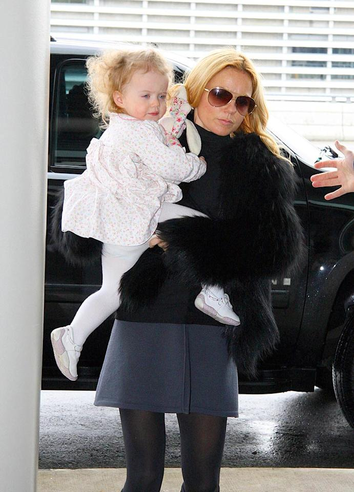 "It looks like Geri ""Ginger Spice"" Halliwell and her daughter Bluebell Madonna aren't looking forward to the long flight home. O'Neill/White/<a href=""http://www.infdaily.com"" target=""new"">INFDaily.com</a> - February 5, 2008"