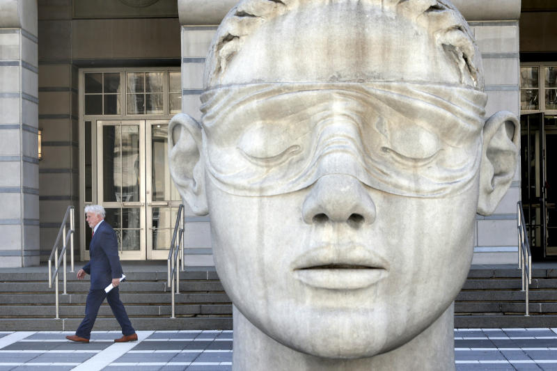 Attorney Richie Roberts leaves the MLK Federal Courthouse in Newark after pleading guilt to tax crimes charges. Tuesday April 11, 2017. Newark, NJ, USA (Aristide Economopoulos/NJ Advance Media via AP)