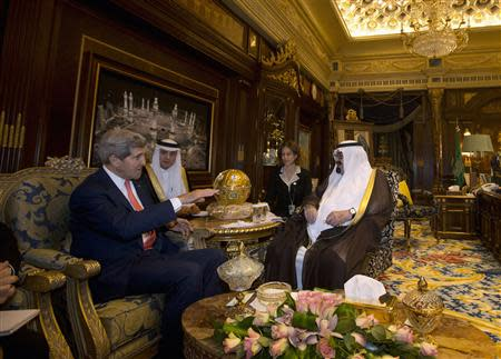 U.S. Secretary of State John Kerry meets with Saudi Arabia's King Abdullah (R) in Riyadh, November 4, 2013. REUTERS/Jason Reed