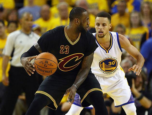 """LeBron James and <a class=""""link rapid-noclick-resp"""" href=""""/nba/players/4612/"""" data-ylk=""""slk:Stephen Curry"""">Stephen Curry</a> could meet in their third straight Finals this summer. (Getty Images)"""