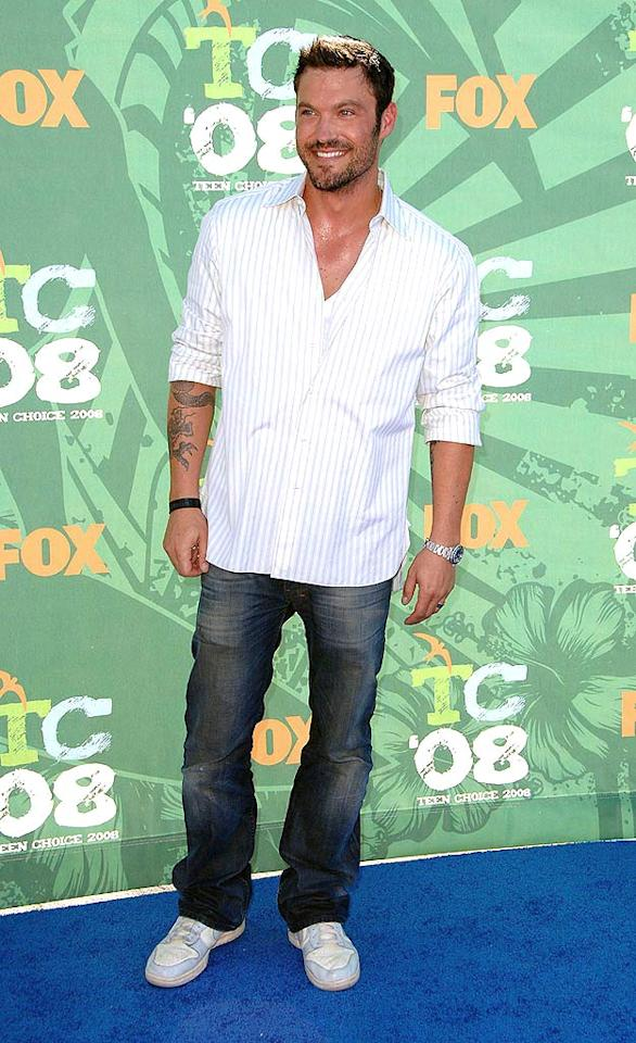 """Former """"90210"""" star Brian Austin Green flashed his pearly whites while strutting down the blue carpet. Steve Granitz/<a href=""""http://www.wireimage.com"""" target=""""new"""">WireImage.com</a> - August 3, 2008"""