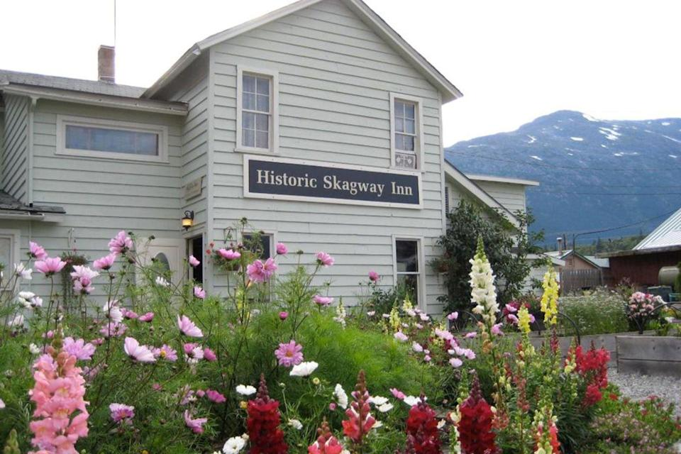 "<p>Originally a hot spot for eager prospectors drawn by the Klondike Gold Rush, this inn in Skagway got its start back in 1897. Guests can stay in its quaint rooms and dig into fresh, Alaskan fare at the connected restaurant, Olivia's Bistro.<br></p><p><strong>EXPLORE NOW:</strong> <a href=""https://www.tripadvisor.com/Hotel_Review-g60877-d72447-Reviews-Historic_Skagway_Inn-Skagway_Alaska.html"" rel=""nofollow noopener"" target=""_blank"" data-ylk=""slk:Historic Skagway Inn"" class=""link rapid-noclick-resp"">Historic Skagway Inn</a></p>"