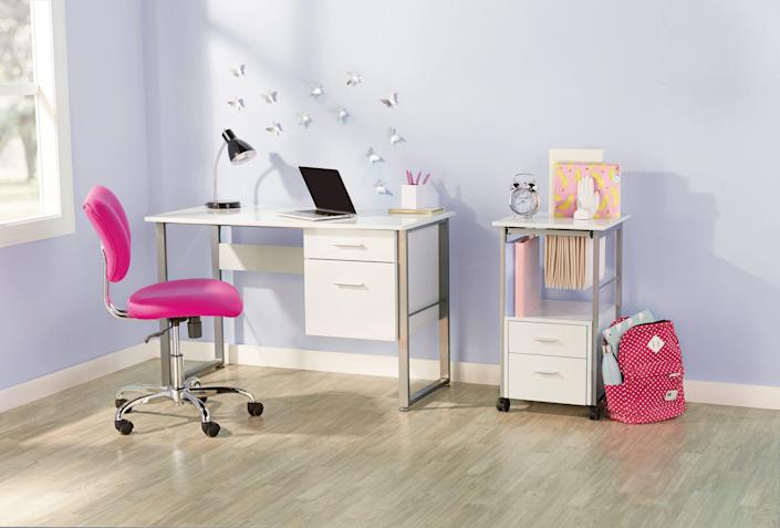 Realspace Halton desk from Office Depot