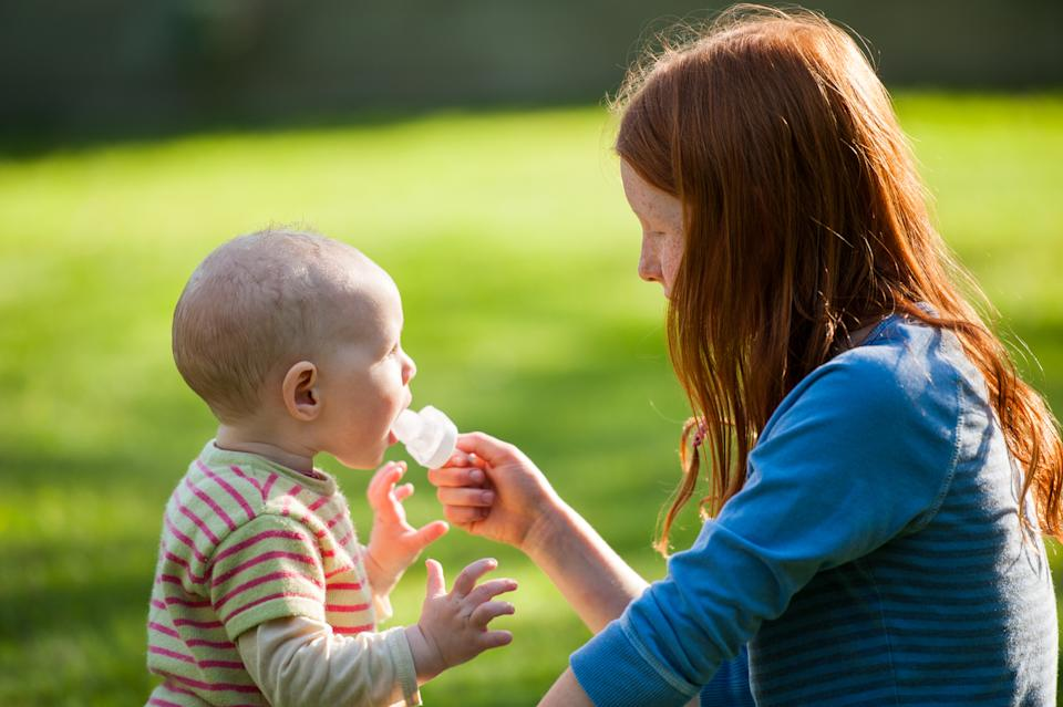 Breast milk ice pops can help with teething and cooling babies down in the heat [Photo: Getty]