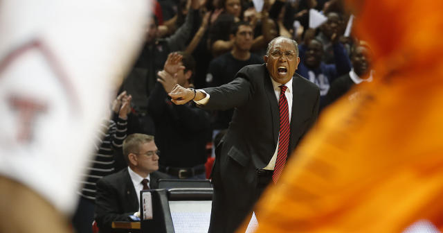 Texas Tech head coach Tubby Smith coaches from the baseline during their NCAA college basketball game in Lubbock, Texas, Saturday, Feb, 8, 2014. (AP Photo/Lubbock Avalanche-Journal, Tori Eichberger)