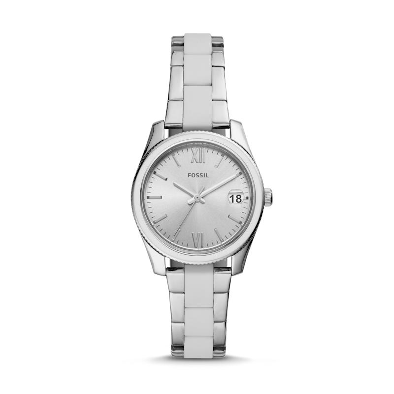 Fossil Scarlette Stainless Steel Watch. (Photo: Fossil)