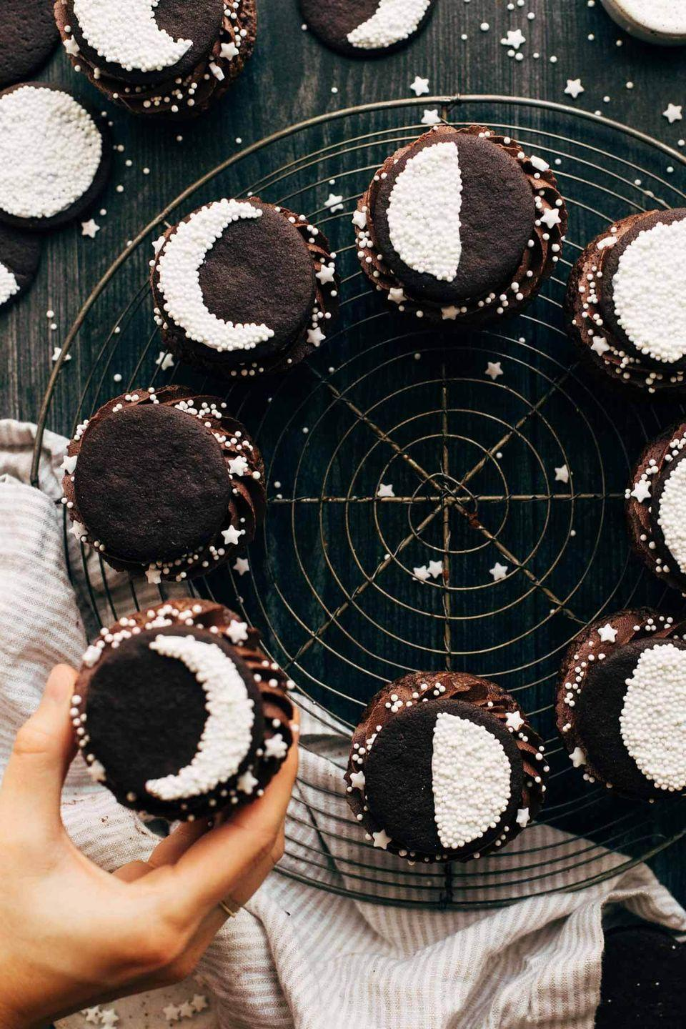 """<p>Can't decide between brownies and cupcakes? Have both!</p><p><em><a href=""""https://butternutbakeryblog.com/brownie-cupcakes/"""" rel=""""nofollow noopener"""" target=""""_blank"""" data-ylk=""""slk:Get the recipe from Butternut Bakery Blog »"""" class=""""link rapid-noclick-resp"""">Get the recipe from Butternut Bakery Blog »</a></em></p>"""