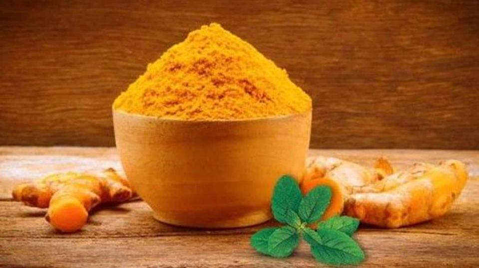 Why is turmeric so effective in treating several skin conditions?