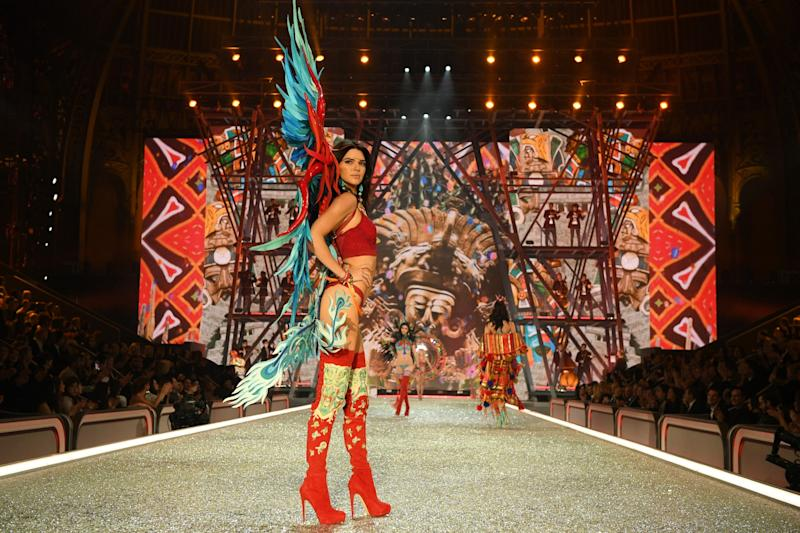 Kendall Jenner walks the runway at the 2016 Victoria's Secret Fashion Show in Paris. (Photo: Getty Images)