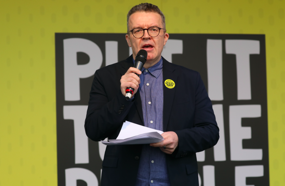 Labour's deputy leader Tom Watson urged the party to support another vote (Getty)