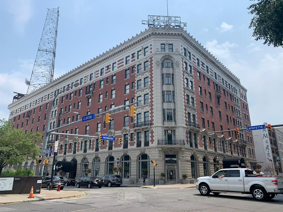 exterior shot of hotel lafayette in buffalo new york