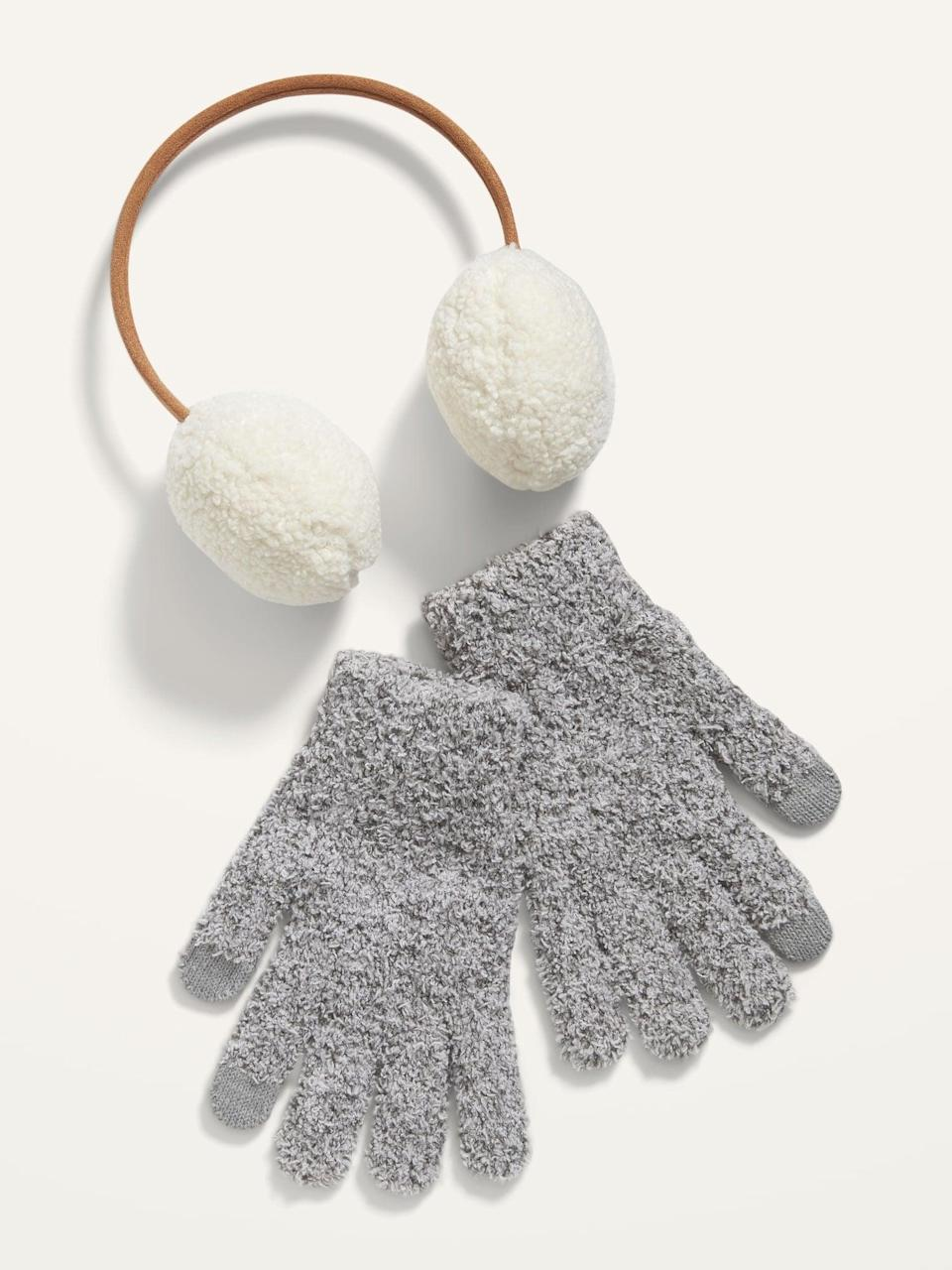 <p>This <span>Cozy Kit 2-Piece Gift Sets</span> ($12) will keep them nice and warm.</p>