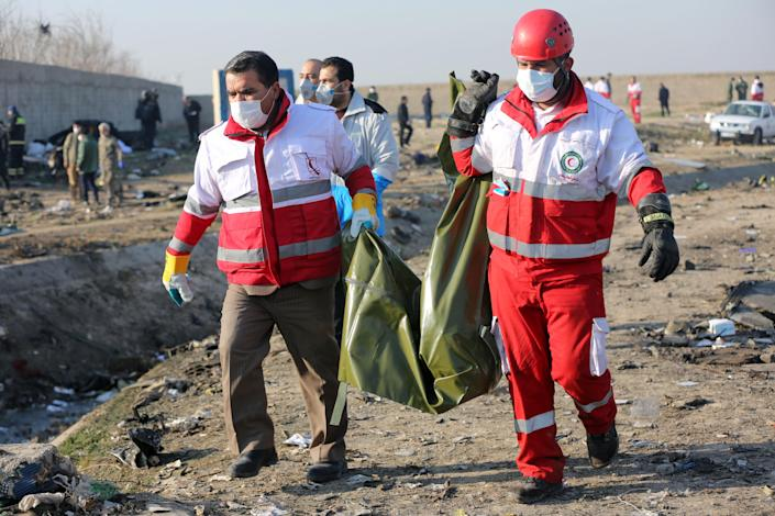 Search and rescue works are conducted at site after a Boeing 737 plane belonging to a Ukrainian airline crashed near Imam Khomeini Airport in Iran just after takeoff in Tehran, Iran on January 08, 2020. (Photo: Fatemeh Bahrami/Anadolu Agency via Getty Images)