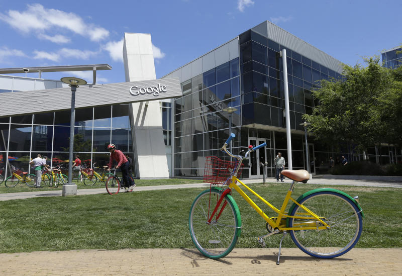 Google stumbles in 2Q as slump in ad rates deepens