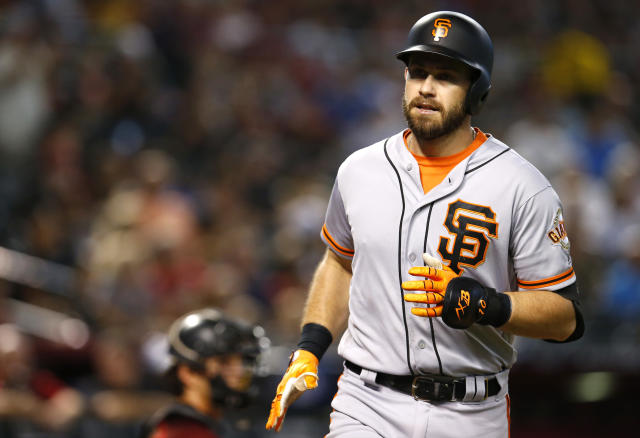 """<a class=""""link rapid-noclick-resp"""" href=""""/mlb/players/7914/"""" data-ylk=""""slk:Evan Longoria"""">Evan Longoria</a> is not happy with the state of the free-agent market. (AP Photo)"""