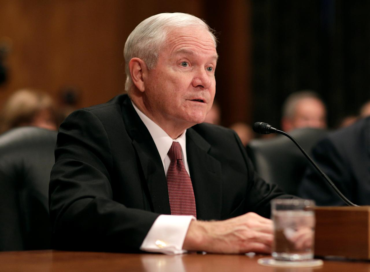 Former Secretary of Defense Robert Gates testifies to support retired General John Kelly before a Senate Homeland Security and Governmental Affairs Committee confirmation hearing on Kelly's nomination to be Secretary of the Department of Homeland Security on Capitol Hill in Washington, U.S., January 10, 2017.      REUTERS/Joshua Roberts