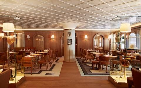 The Dining room at L'Avenue