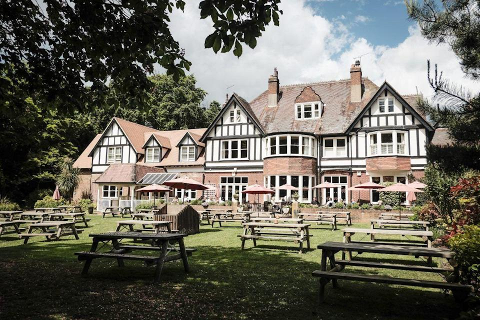 """<p>With its dog and family-friendly atmosphere, live entertainment and popular Sunday roasts, the spacious <a href=""""https://go.redirectingat.com?id=127X1599956&url=https%3A%2F%2Fwww.booking.com%2Fhotel%2Fgb%2Fthewhitebuckinn.en-gb.html%3Faid%3D2070936%26label%3Dprima-family-hotels-uk&sref=https%3A%2F%2Fwww.prima.co.uk%2Ftravel%2Fg37009633%2Ffamily-hotels-uk%2F"""" rel=""""nofollow noopener"""" target=""""_blank"""" data-ylk=""""slk:White Buck"""" class=""""link rapid-noclick-resp"""">White Buck</a> pub in the heart of the New Forest is a hit with families. In winter, roaring log fires or wood-burning stoves invite you in from the cold and in the summer, walkers and cyclists flock here after greeting the New Forest's free-roaming ponies, cattle and donkeys. </p><p>There are heaps of outside tables and a secret adventure playground for the kids. Inside the rooms, you won't feel you're staying in a pub; the accommodation is stylish and boutique. Plus, with varying room categories, there's something for everyone depending on the size of your family and your budget.</p><p><a href=""""https://www.primaholidays.co.uk/offers/new-forest-burley-white-buck-hotel"""" rel=""""nofollow noopener"""" target=""""_blank"""" data-ylk=""""slk:Read our review of the New Buck"""" class=""""link rapid-noclick-resp"""">Read our review of the New Buck</a></p><p><a class=""""link rapid-noclick-resp"""" href=""""https://go.redirectingat.com?id=127X1599956&url=https%3A%2F%2Fwww.booking.com%2Fhotel%2Fgb%2Fthewhitebuckinn.en-gb.html%3Faid%3D2070936%26label%3Dprima-family-hotels-uk&sref=https%3A%2F%2Fwww.prima.co.uk%2Ftravel%2Fg37009633%2Ffamily-hotels-uk%2F"""" rel=""""nofollow noopener"""" target=""""_blank"""" data-ylk=""""slk:CHECK AVAILABILITY"""">CHECK AVAILABILITY</a></p>"""