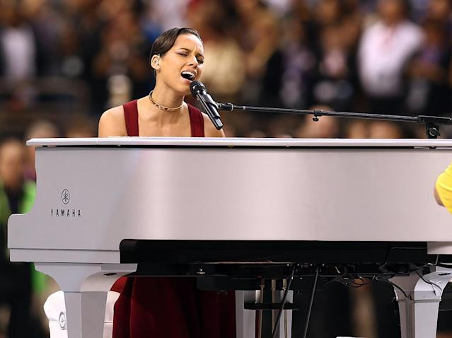 Alicia Keys performs during the Pepsi Super Bowl XLVII Pregame Show at Mercedes-Benz Superdome on February 3, 2013 in New Orleans, Louisiana. (Photo by Christopher Polk/Getty Images)