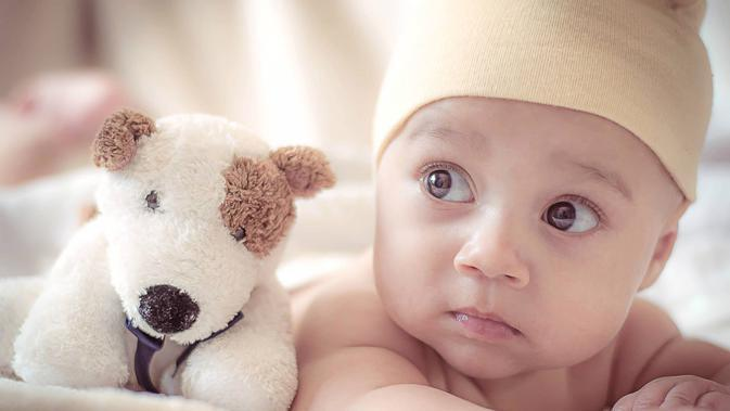 Ilustrasi Bayi (Photo by Spencer Selover from Pexels)