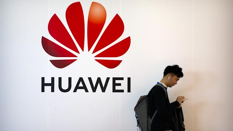 Huawei signs maps deal with Dutch firm TomTom that will allow it to develop its own smartphone apps