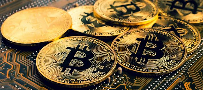 Here are 5 ways to profit from the crypto crash without buying volatile coins