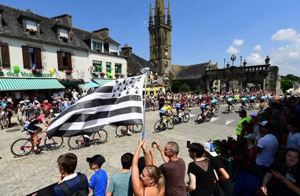 2021 Tour de France Grand Départ officially moves from Copenhagen to Brittany