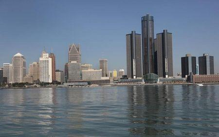 FILE PHOTO - The city of Detroit's, Michigan, skyline is seen along the Detroit river from Windsor, Ontario September 28, 2013. REUTERS/Rebecca Cook/File Photo