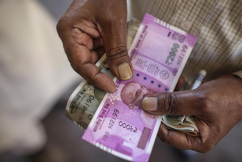Masala Bond Market Revives as Rupee Gains and Tax Cut Lures Buyers