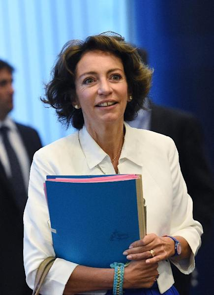 French Health Minister Marisol Touraine arrives at a high-level meeting to coordinate EU aid to help fight the Ebola outbreak in Africa, Sptember 15, 2014, in Brussels (AFP Photo/Emmanuel Dunand)